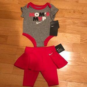 Girls Baby Nike 2-piece Set NWT